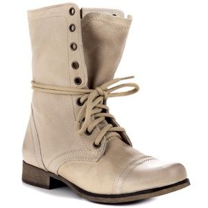 STEVE MADDEN Troopa Off-White Lace Up Combat Boots